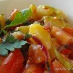 Salata de cartofi cu ceapa