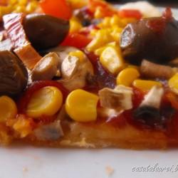 Pizza delicioasa de post