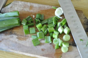 Salata de pui cajun. Prepararea salatei.