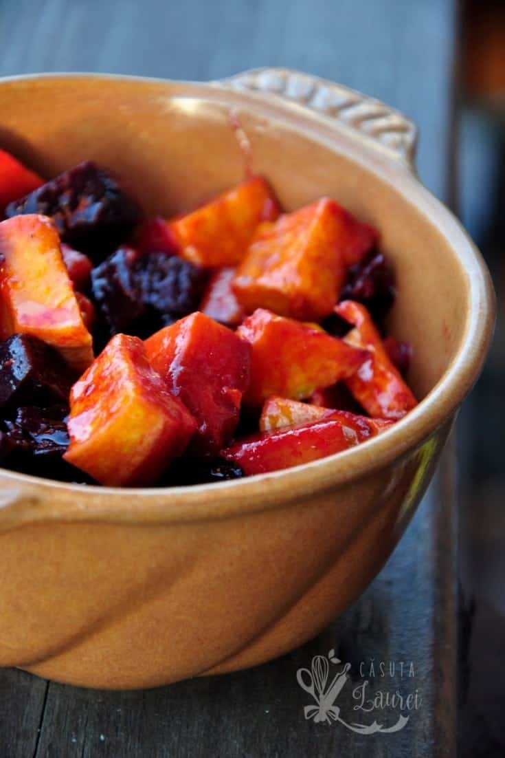 Salata de dovleac copt cu sfecla rosie